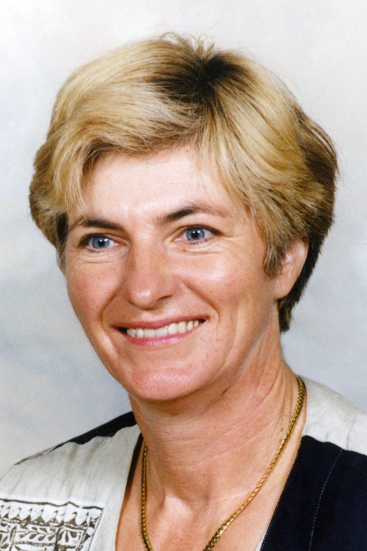Annie Partoens